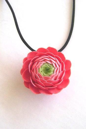 Clay Flower Nacklace - Coral Pink Ranunculus Necklace