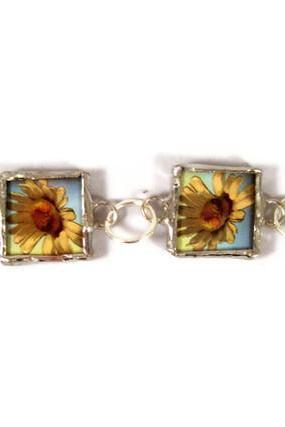 Bracelet, Soldered Glass Pendant Bracelet Chain Linked With Flower Images
