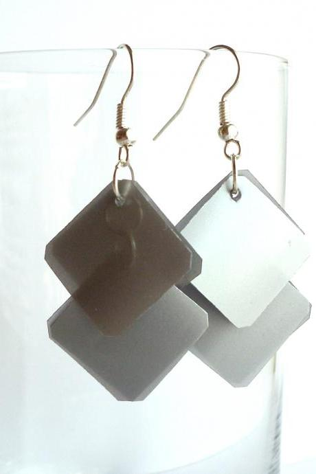 Silver earrings made of recycled plastic bottle - upcycled jewelry, eco-friendly, geometric, squares, minimalist, modern