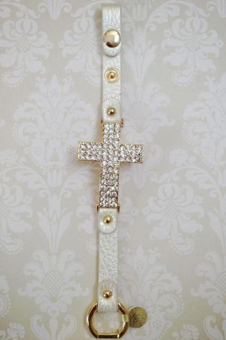 Sideways Cross Bracelet in Gold & Cream Faux Leather