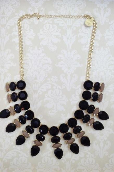 the Gloria Necklace in Black