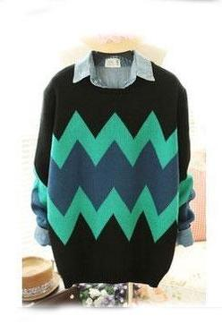 Fresh Green Geometric Texture Sweater