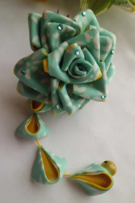 Light Turquoise Yellow Rose Tsumami Kanzashi Adapted Hair Stick with A Dangle