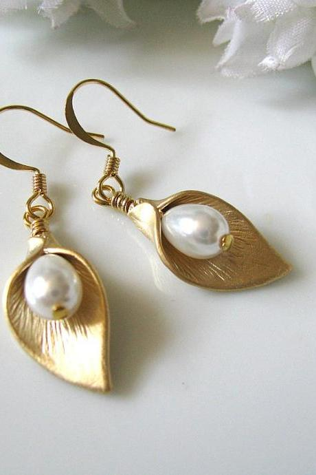 Golden Calla Lily With White Glass Pearl Teardrops Earrings - Bride, Maid Of Honour, Bridesmaids