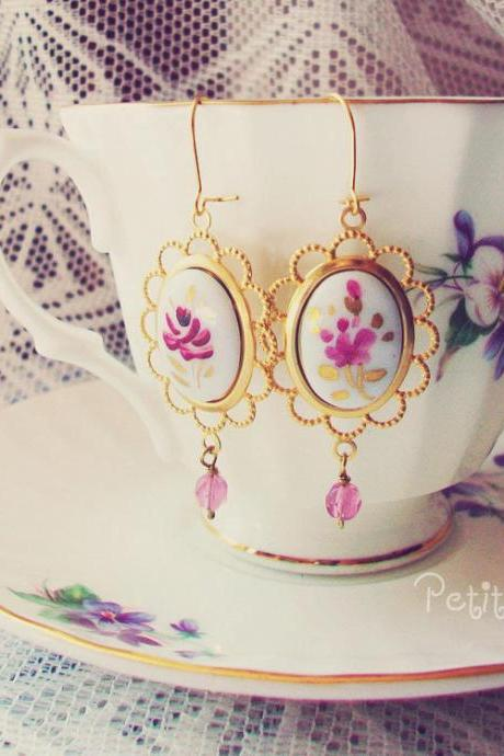 Vintage style earrings 'Floralie' - 'Treasures' collection - filigree handpainted glass cabochon, gold filled, white, pink, fuch