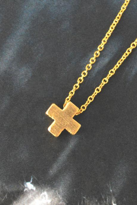 Cross necklace, Simple Necklace, Modern necklace, Pendant necklace, Gold plated chain / Bridesmaid gifts / Everyday jewelry /