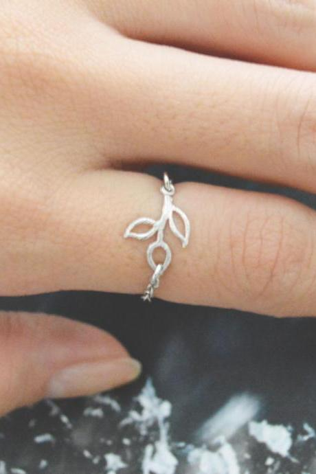 Chain ring, Small Leaf ring, Pendant ring, Simple ring, Modern ring, Silver plated ring/Everyday/Gift/