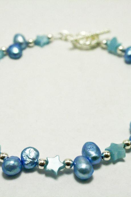 Light Blue Cats Eye Glass Star and Pearl Bracelet