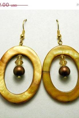 ON SALE Brown Shell Hoop Earrings
