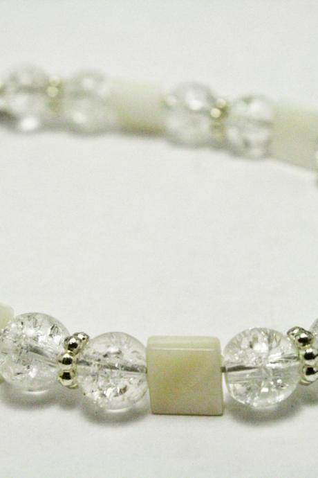 CLEARANCE White Shell and Silver Glass Bracelet