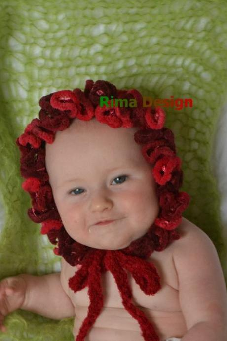 Baby newborn to 3 months Christmas hat Victorian Edwardian style white red Photography prop