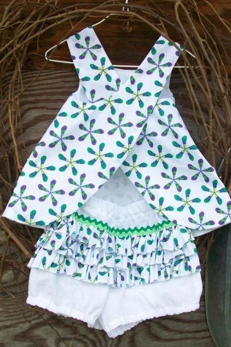 Baby Dress with Ruffled Bloomers, 6/9 months, reversible