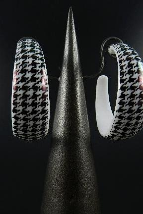 Houndstooth Earring Hoop Black & White
