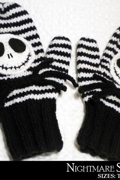 Nightmare Skull Mittens Knitting Pattern