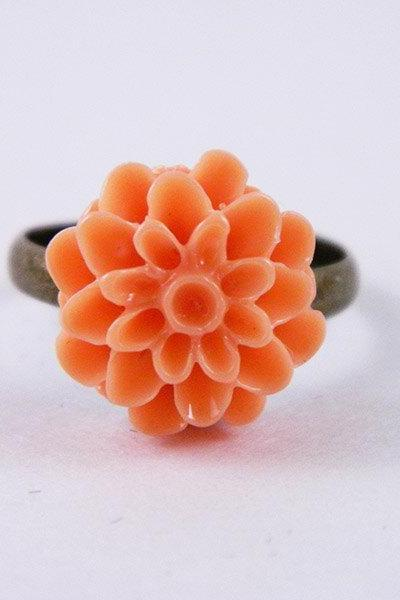 Adjustable Antique Bronze Flower Ring
