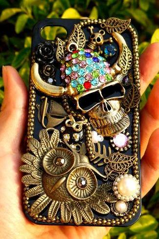 Fantacy Rhinestone Pirate Owl iPhone 4 4s Case
