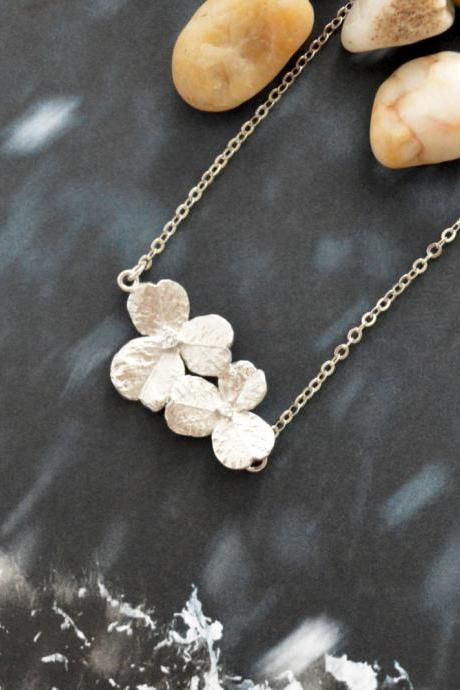A-089 Cubic flower necklace, Simple necklace, Modern necklace, Silver rhodium plated/Bridesmaid/gifts/Everyday jewelry/