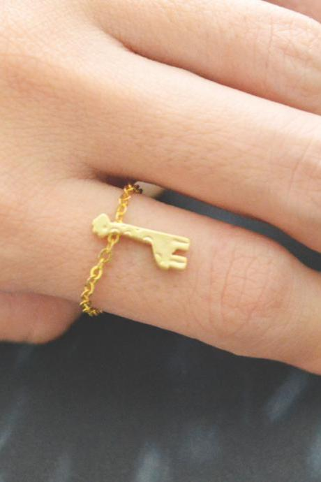 E-005 Giraffe ring, Pendant ring, Animal ring, Chain ring, Simple ring, Modern ring, Gold plated ring/Everyday/Gift/