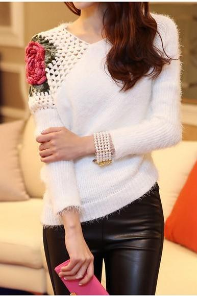 Fashion New V Neck Rose Flower Print Pullovers - White