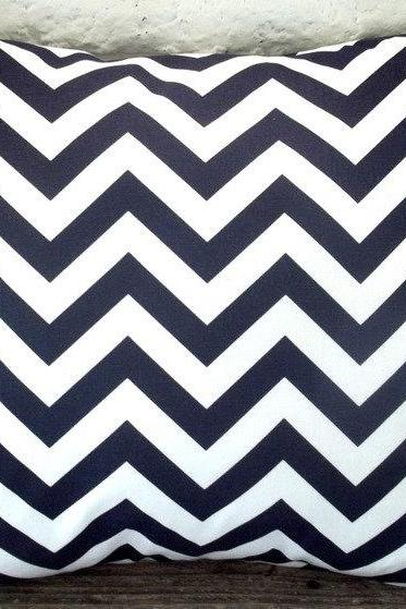 The Tamara - 18 x 18 Navy and White Chevron - Zig Zag Pillow Cover