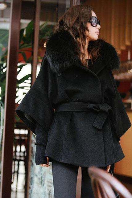 Star Style Fur Collar Black Button Fly Coat for Woman