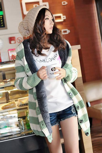 Fashion Matching Striped Long Pattern Cardigans with Hat - Green
