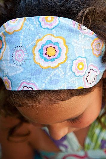 Girls Wide Stretch Headband- Blue With Flowers
