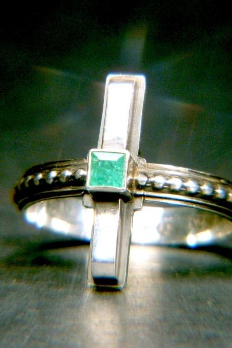 Art Deco Colombian Emerald Sterling Ring
