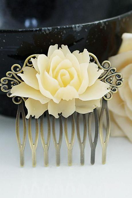 Wedding hair accessories, bridal hair comb, bridal hair accessories, Vintage Style Ivory Rose Hair comb, bridesmaid gift