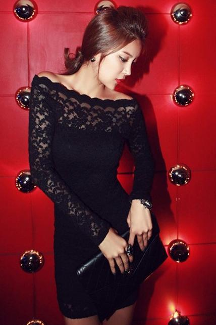 Chic Lace Patchwork Boat Neck Long Sleeve Black Dress