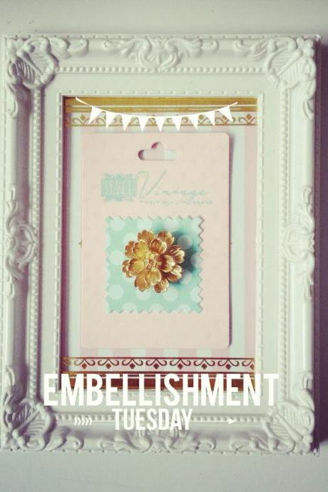 Gold Flower Cameo Embellishment