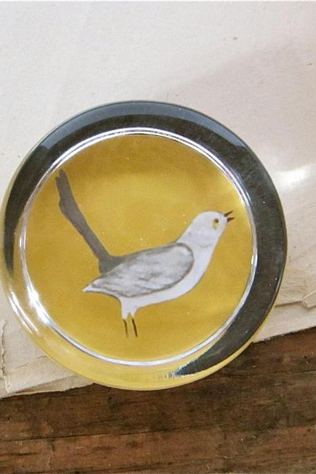 Mockingbird Paperweight Glass Round 2.5 inch Mustard Saffron Yellow Gray Bird Nature Office tabletop display