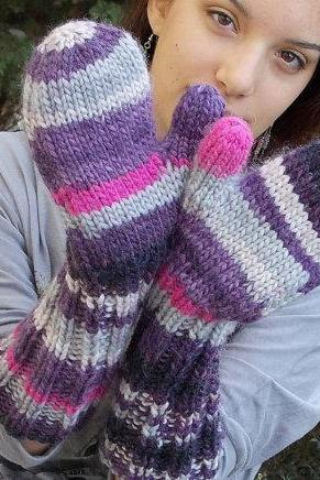 Extra long mittens purple grey gray hand knitted gloves warm bulky wool chunky yarn wrist arm warmer gauntlets soft fluffy organic