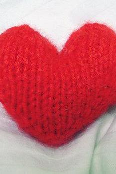 Knitted Valentine's Heart PDF