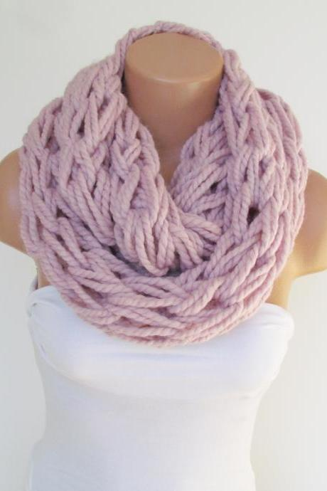 Infinity Pink Scarf,Neckwarmer,Knitted Scarf, Circle Loop Scarf, Winter Accessories, Fall Fashion,Chunky Scarf.Cowl Scarf