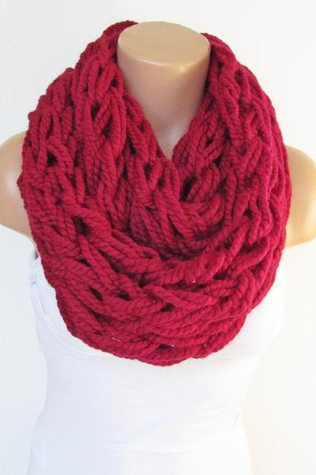 Infinity Red Scarf,Neckwarmer,Knitted Scarf, Circle Loop Scarf, Winter Accessories, Fall Fashion,Chunky Scarf.Cowl Scarf