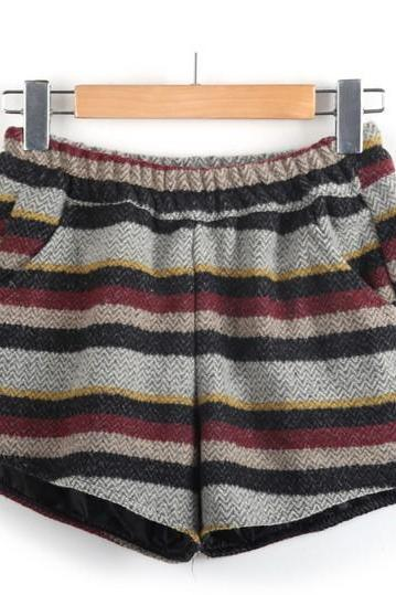 Elastic Waist Striped Woolen Shorts