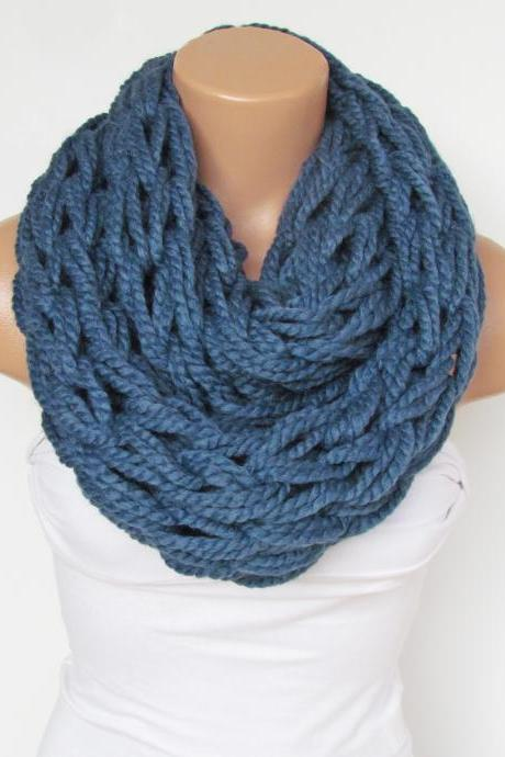 Infinity Navy Blue Scarf,Neckwarmer,Knitted Scarf,Circle Loop Scarf, Winter Accessories, Fall Fashion,Chunky Scarf.Cowl Scarf