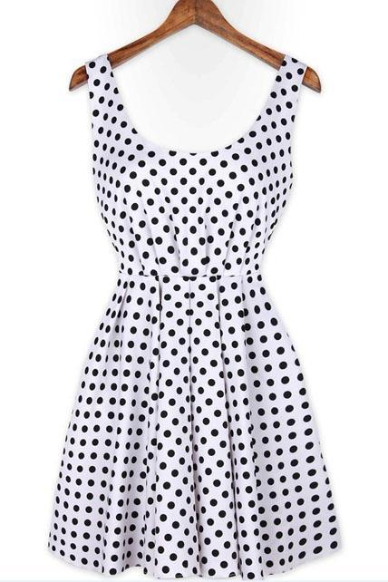 Vintage Polka Dot Pattern Scoop Shirred Waist Backless Dress - White