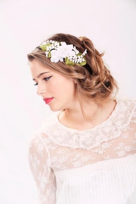wedding headband, bridal hair, wedding hair accessory, white flower headband