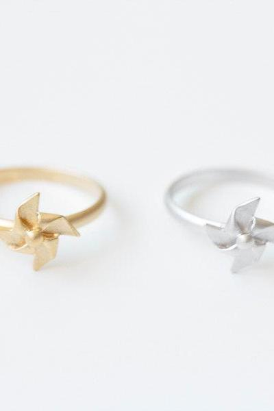 pinwheel ring/unique ring/adjustable ring/knuckle ring/stretch ring/men ring/cool ring/couple ring/cute ring/fun ring/animal ring,R037N