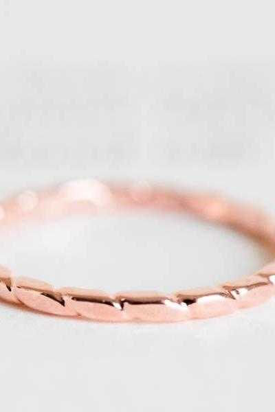 snake pattern knuckle ring,stacked ring,stackable ring,stacking ring,knuckle ring,mid ring,rose gold ring,pinky ring,R153N