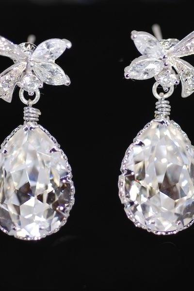 Wedding Earrings, Bridesmaid Earrings, Bridal Jewelry - Cubic Zirconia Detailed Ribbon Earring with Swarovski Clear Teardrop (E287)