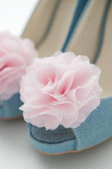 Set of 2(1pair) PALE PINK Chiffon flower shoe clips for bridal wedding/Choose your color