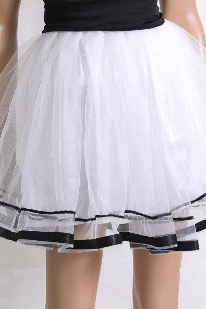 Tutu tulle mini /Beautiful black and white skirt