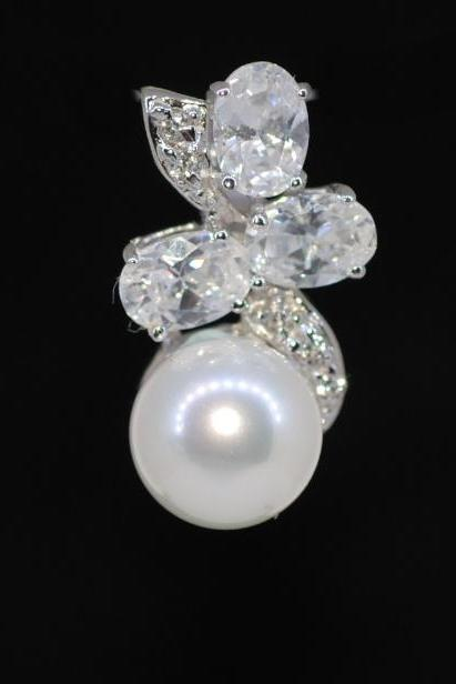 Wedding Jewelry, Cubic Zirconia Detailed Bail with White Pearl Pendant (P022)