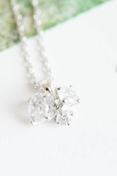 cubic zircornia bud necklace,anniversary necklace,beautiful necklaces,jewelry necklaces,crystal necklace,mother necklace,grandma necklaces