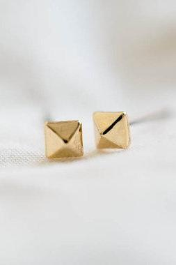 square cone earrings/gold plated earrings/tragus earrings/cartilage earrings/bling earrings/men earrings/unique earrings.E052R