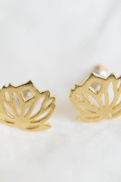 lotus flower earring,earrings men earrings,stud earrings,post earrings,silver earrings,Lotus petal charm,E110R