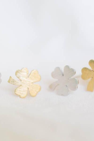 clover earrings/clover with four leaves earrings/post earrings/silver earrings,E066R